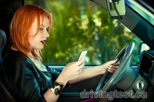 What are You Risking by Texting and Driving?